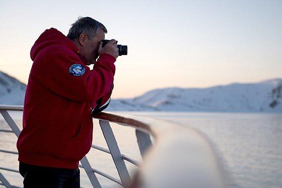 חוצים את ים גרינלנד
