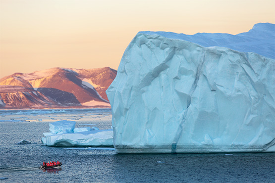 טיול למזרח גרינלנד – הפלגה למזרח גרינלנד אל הנופים הארקטיים והזוהר הצפוני | 13 ימים