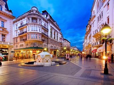 מדרחוב קנז מיכאלוב (Knez Mihailova), בלגרד, סרביה