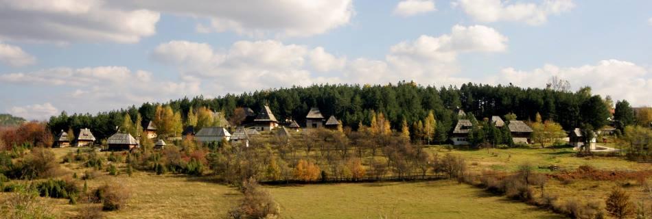 כפר סירוגויונו | Sirogojno ethno-village, סרביה