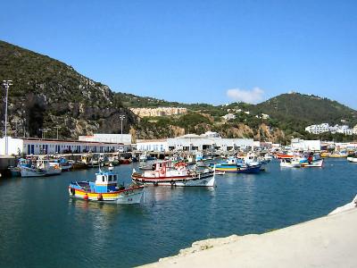 נמל הדייגים ססימברה (Sesimbra), פורטוגל