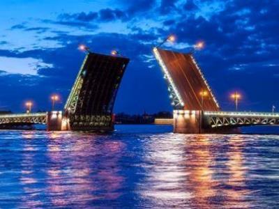 גשרים בלילה, סנט פטרסבורג