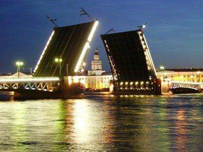גשרים מתרוממים, סנט פטרסבורג