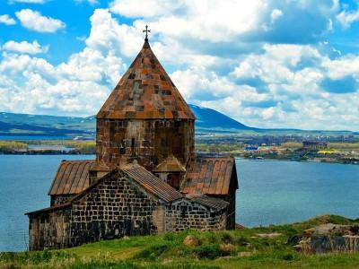 טיולי יום בארמניה | סיורים מודרכים בירוואן