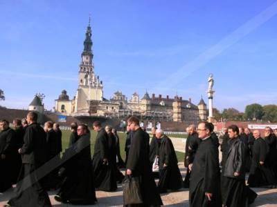 מנזר יאסנה גורה, פולין