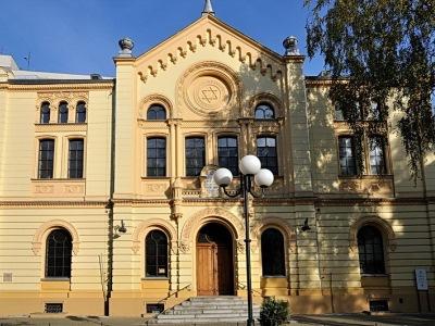 בית הכנסת נוז'יק, ורשה, פולין