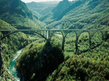 'גשר ג'ורג'ביצה' (Đurđevića Tara Bridge), מונטנגרו