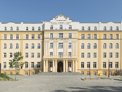 ישיבת חכמי לובלין, פולין