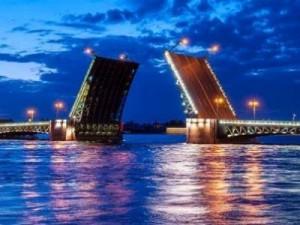 גשרים בלילה, טיול בסנט פטרסבורג