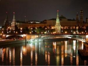 קרמלין בלילה, מוסקבה - טיול ברכבת הטרנס סיבירית